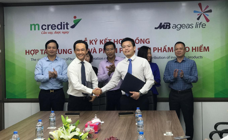 MCredit và MB Ageas Life ký hợp đồng hợp tác cung cấp và phân phối sản phẩm bảo hiểm nhân thọ